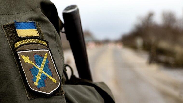 Война на Донбассе: 10 украинских воинов получили ранения в результате обстрелов
