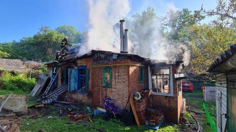 У пожежі в Харківській області постраждали мати з двотижневим немовлям