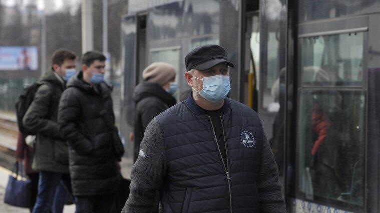 """Минздрав обновил карантинные зоны: три области """"красные"""""""