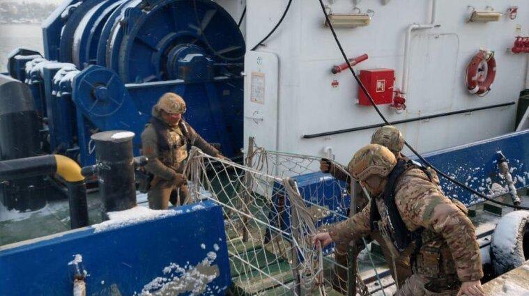 В Одесі моряки нелегально їздили на заробітки до окупованого Криму