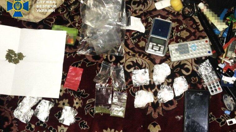 У Черкаській області наркоділки варили амфетамін на 2,5 мільйони гривень щомісячно