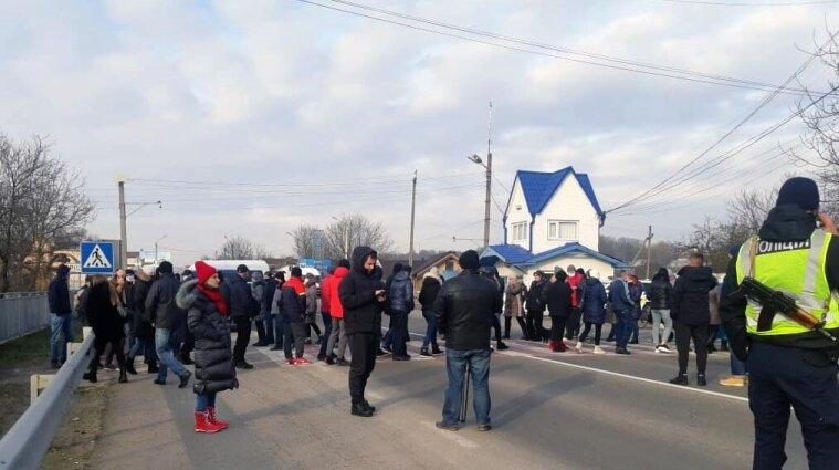 """""""Комунальні"""" протести: де відбуваються, хто проти та що вимагають"""