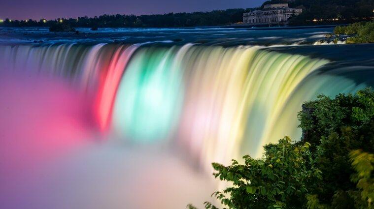 Ніагарський водоспад підсвітять кольорами українського прапора
