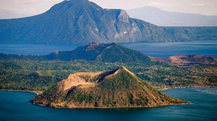 На Филиппинах проснулся вулкан: зафиксировано более 200 землетрясений