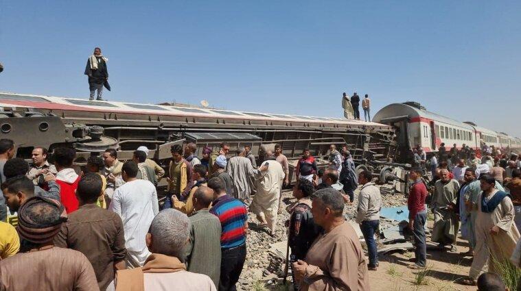 Два поезда столкнулись в Египте: более 30 жертв и 60 раненых