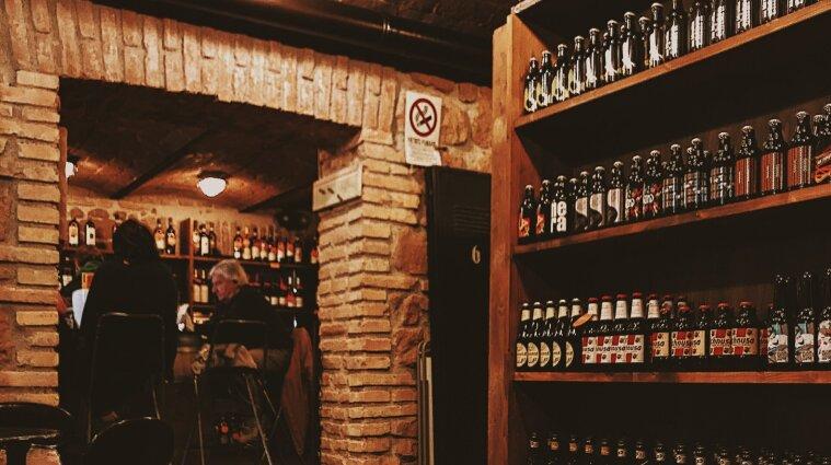 Алкоголь и сигареты могут исчезнуть с прилавков супермаркетов в Украине