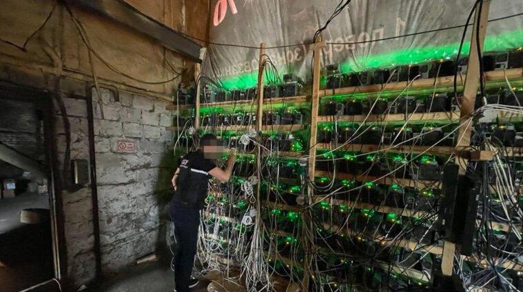 Власть Синьцзян запретила майнинг криптовалюты