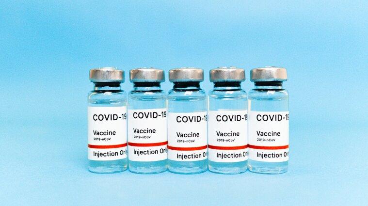 Польща віддасть залишки вакцини від коронавірусу Україні