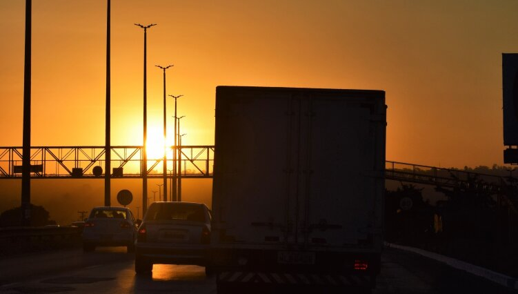 У Києві обмежили в'їзд великовагового транспорту