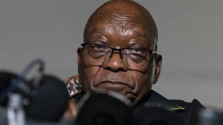 Колишнього президента ПАР ув'язнили через неповагу до суду