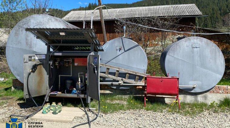 На Прикарпатье продавали некачественный бензин с подпольных заводов (фото)