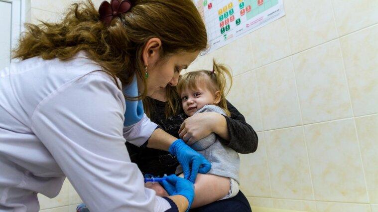 Вакцина CoronaVac є безпечною для дітей від 3 років - вчені