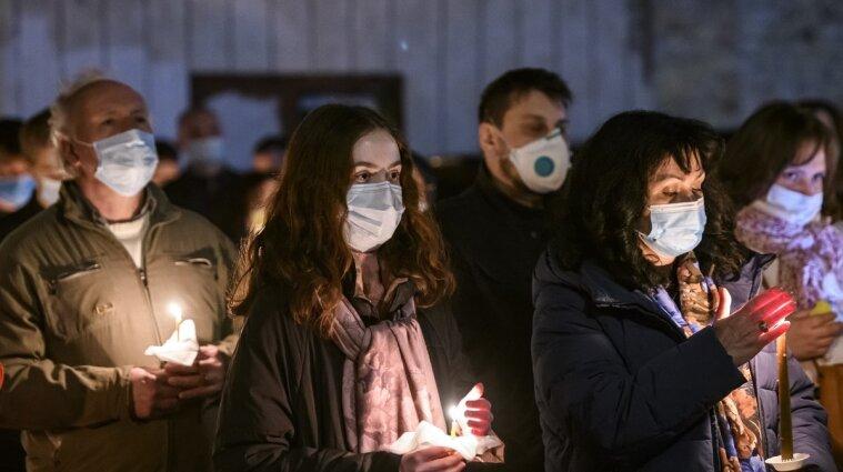 На Великдень мільйон вірян піде на богослужіннях у храм: поліція стежитиме за безпекою
