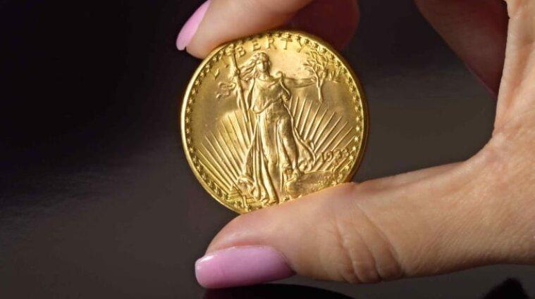 Редкую американскую золотую монету продали за 18,9 млн долларов