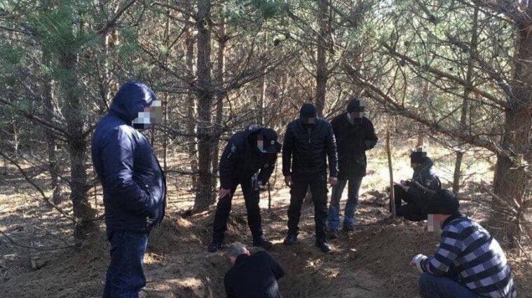 """Троє """"чорних лісорубів"""" у Сумській області зарубали спільника"""
