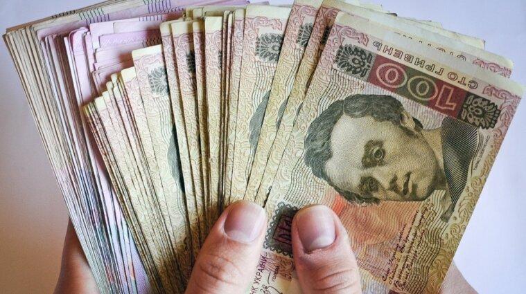 Нацбанк України продовжує зміцнювати гривню