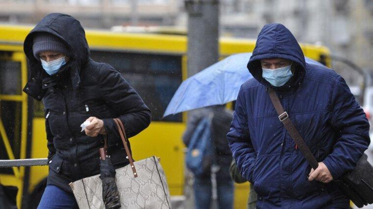 В Киеве работодателей будут штрафовать за нарушение карантинных ограничений в офисах