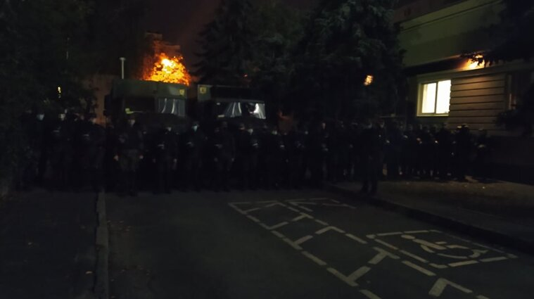 Справа Шеремета: під Шевченківським судом зібрались люди та беркутівці