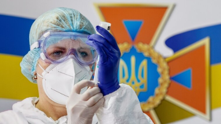За время пандемии коронавирусом переболели почти 2,2 миллиона украинцев