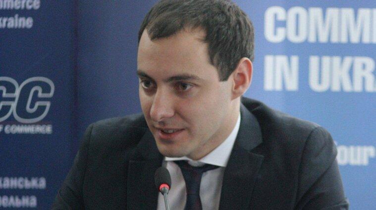 Руководитель Укравтодора запретил подчиненным покупать дорогие автомобили