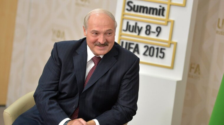 Лукашенко лишат звания почетного доктора КНУ - Бугров