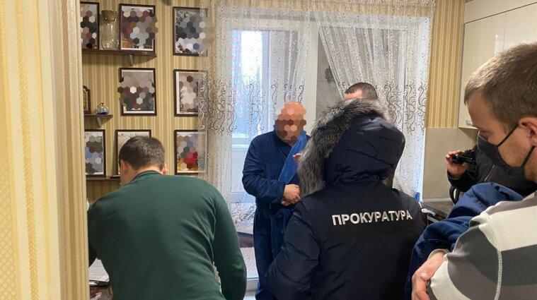 Коррупция в ГФС: Харьковского ТОП-налоговика подозревают в вымогательстве взятки