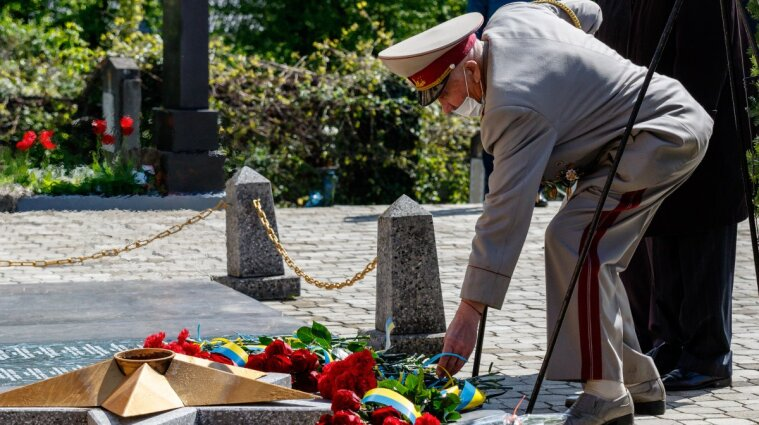 9 травня у сучасній Україні: як змінювалося ставлення