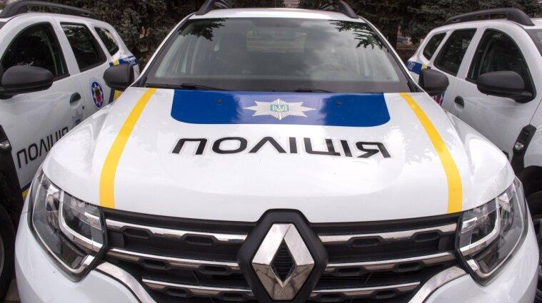 В Харькове мужчина порезал другому руку из-за спора о Крыме