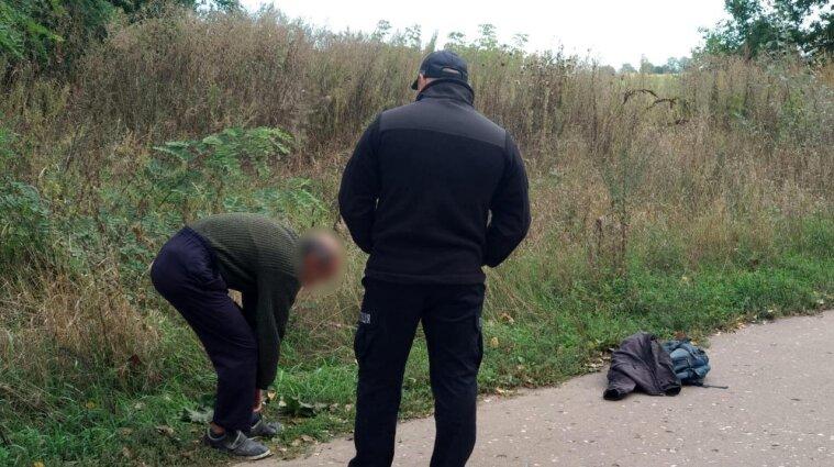 Мешканець Сумщини вбив трирічного сина дорогою з садочка