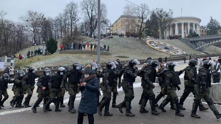 Полиция жалуется на митингующих: 40 пострадавших работников