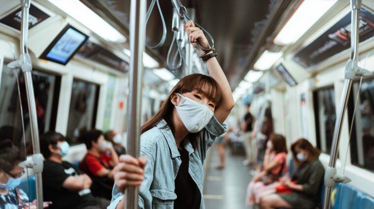 Вчені виявили, що маски захищають майже на 100% від COVID-19