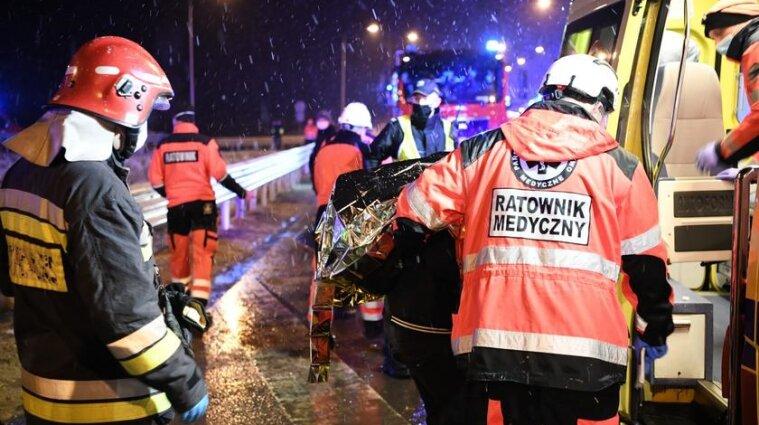 Зросла кількість постраждалих українців у ДТП з автобусом у Польщі