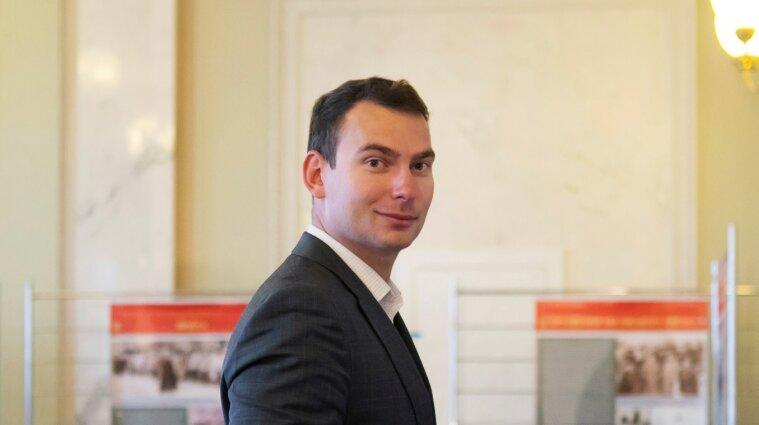 """Депутат из """"Голоса"""" стал самым молодым руководителем фракции в истории ВР"""
