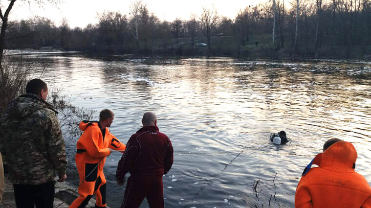 Трое мужчин утонули в Ворскле, тело одного из погибших ищут до сих пор