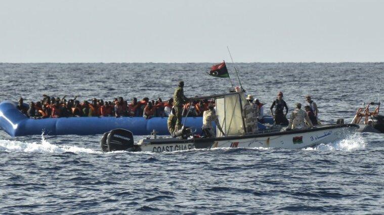 Более 20 человек погибли в результате кораблекрушения у берегов Туниса