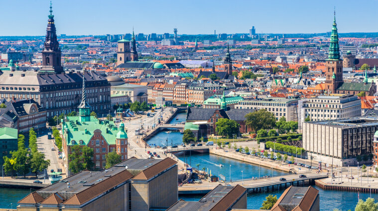 Данія посилить карантинні обмеження по всій території країни