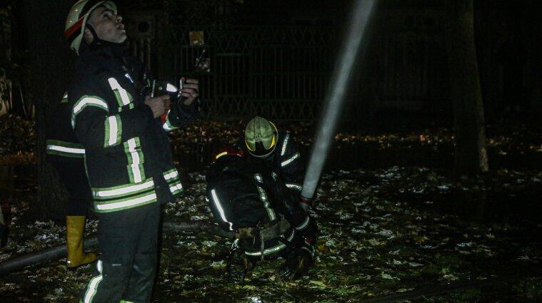 У Києві загорілась квартира на 12 поверсі: там знайшли тіло