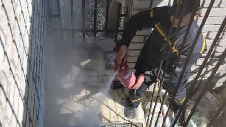 Готували обід: хасиди в Умані розвели вогонь на балконі