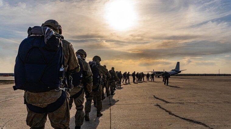 Арестович: Росія поверне війська до кордонів України