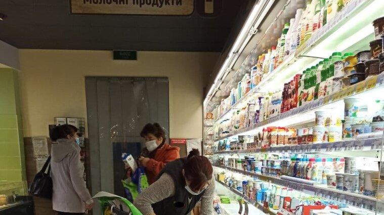 Суміші з невідомими складниками продавали українцям як масло