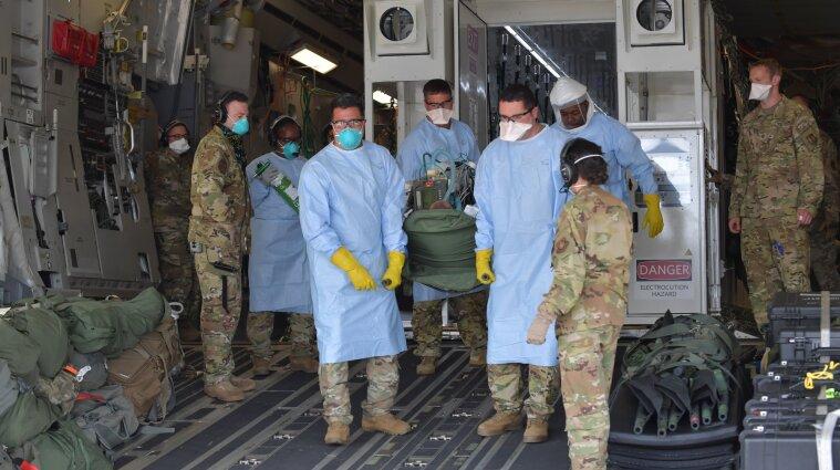 Топ-чиновник Пентагону захворів на COVID-19 після зустрічі з литовським міністром