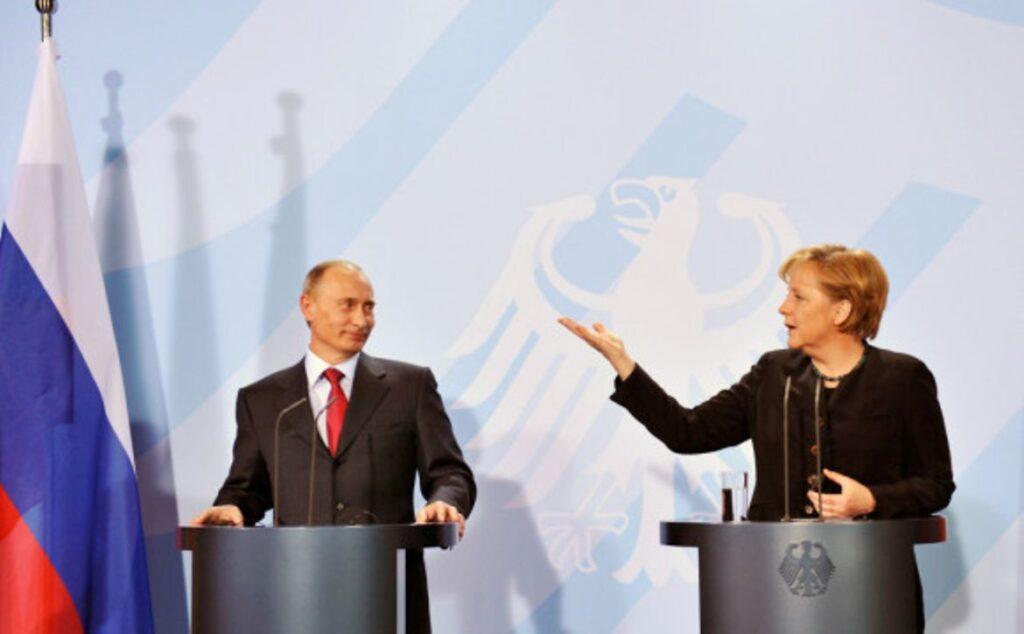 Анегела Меркель