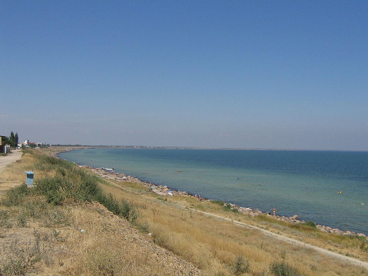 Море та пляж у Генічеську