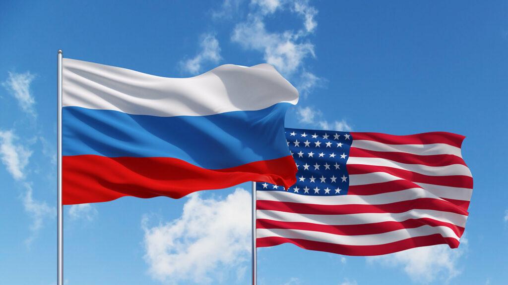 Флаг США и России